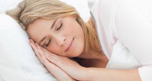 طريقة تجعلك تنام بسرعة مع 4 تقنيات مفاجئة